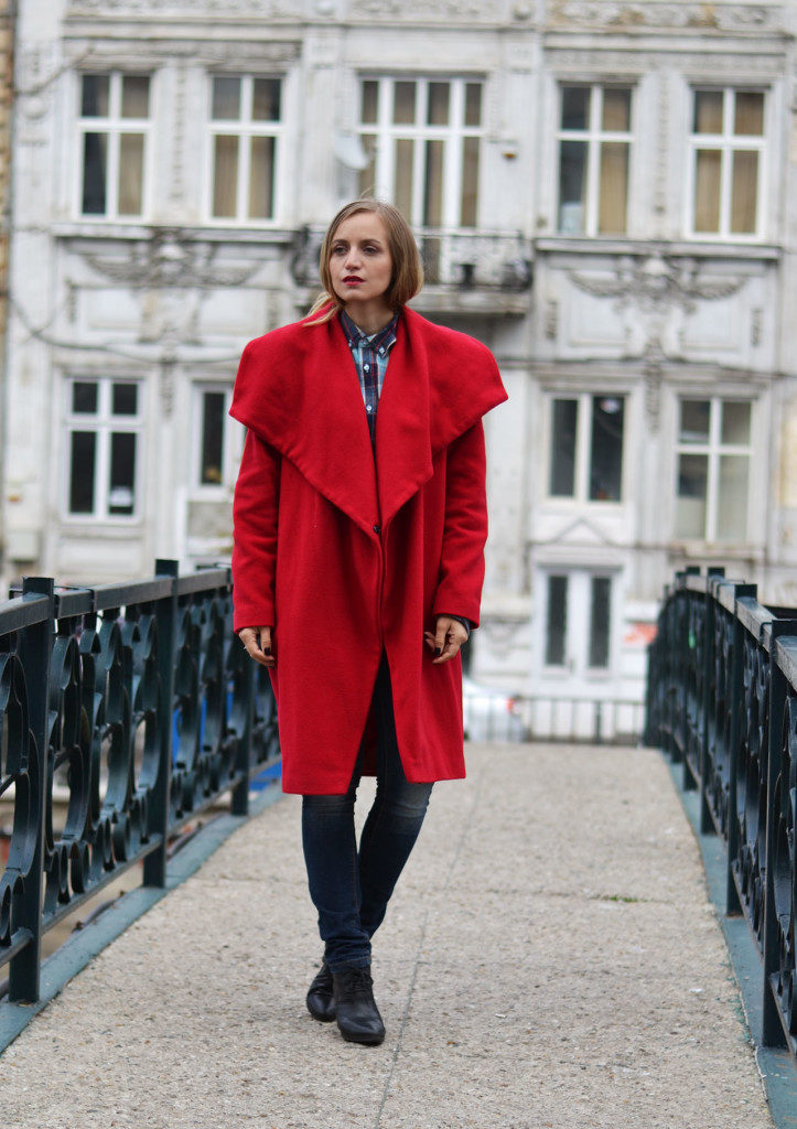 red-coat-fashion-trend-723x1024